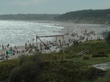 playa de san luis en alta temporada